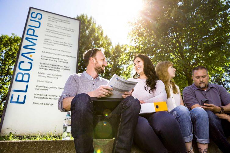 Corporate Fotografie: Branding durch Logo bringt den Kunden in den Vordergrund. | © Eric Shambroom Photography