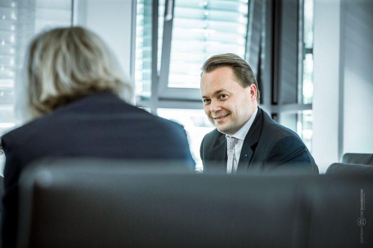 Dr. Thomas Knecht, Vorstandsvorsitzender Hellmann Worldwide Logistics | © Eric Shambroom Photography